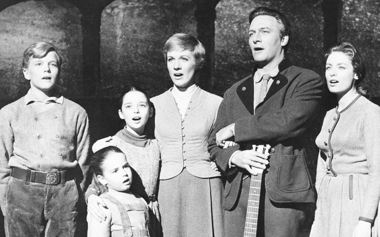 The Original Sound of Music Kids Share Their Memories of Working with Julie …