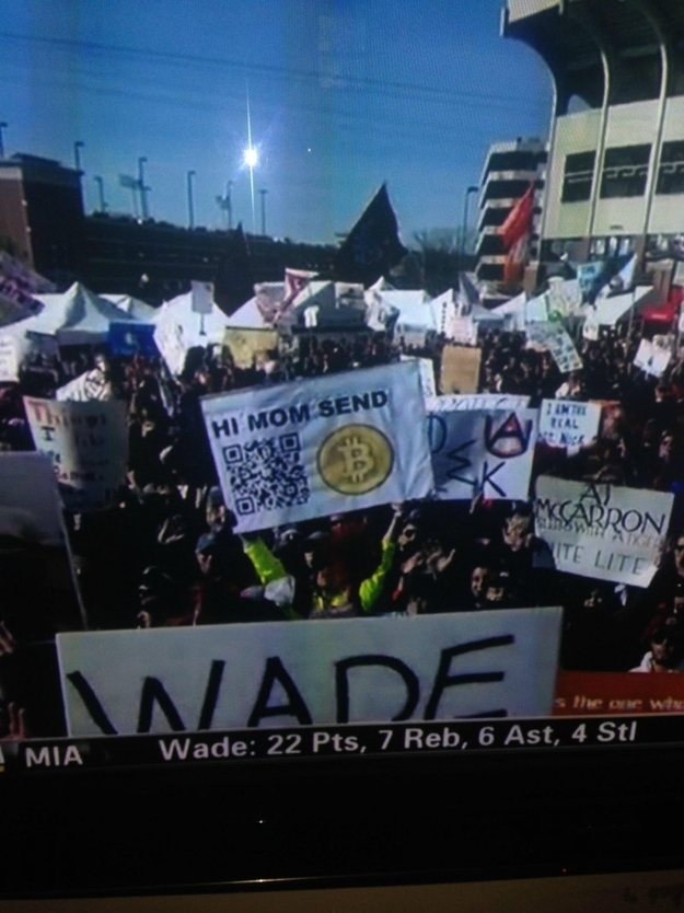 Sign-Holding Student's Bitcoin Account Passes $25,000 After Being On ESPN