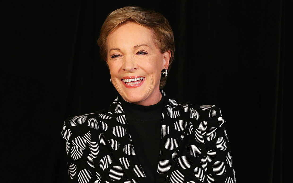Julie Andrews Admits to Not Watching Carrie Underwood's Sound of Music …