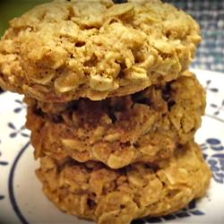 Healthy Makeover Recipes: Healthier Beth's Spicy Oatmeal Raisin Cookies