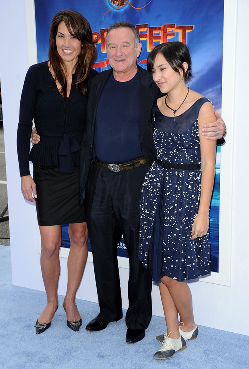 Father-of-3 Robin Williams Dead at 63