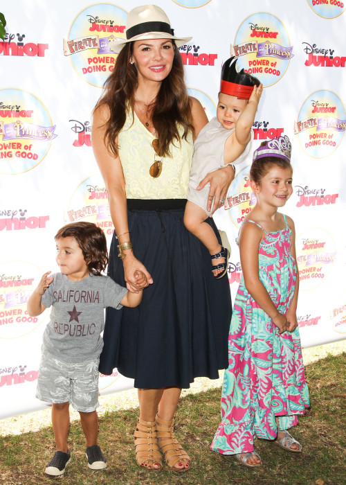 Celebrity Families Embrace 'Power Of Doing Good'