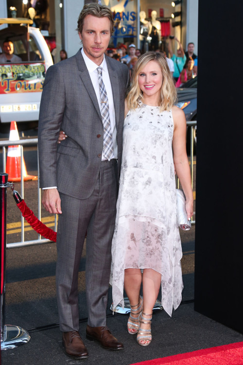 Dax Shepard & Kristen Bell Bump It Up