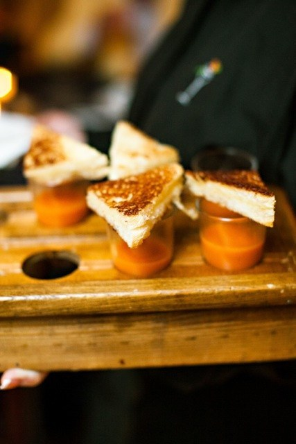 17 Drunk Foods That Make Amazing Wedding Snacks