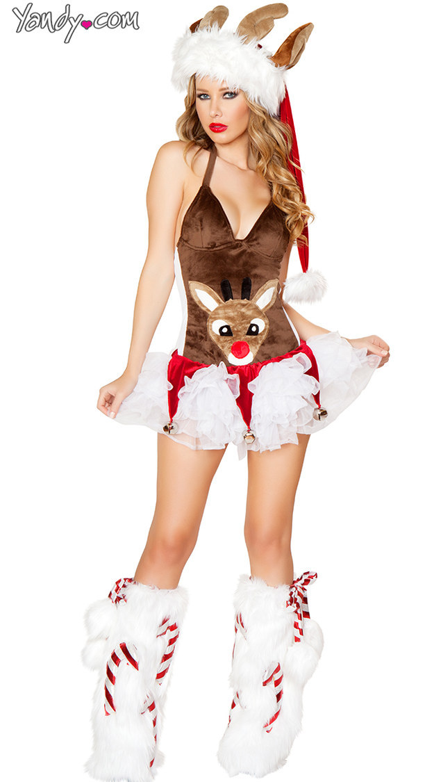 15 Christmas Costumes That Didn't Need To Be Sexy