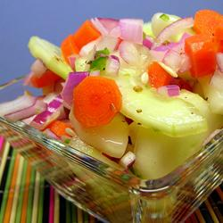 Low-Calorie Recipes: Zippy Cucumber Salad
